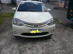 Toyota Etios 1.5 XLS 13/14 - 2013
