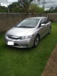 Honda Civic - Modelo LXL, 1.8, Couro, Ar, 4 pneus novos - 2011