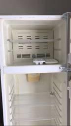 Vendo geladeira fost free