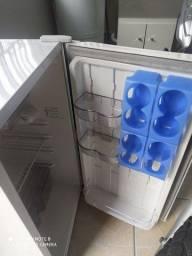 Frigobar Consul 120 litros