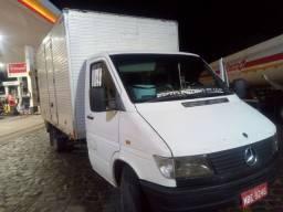 Caminhão sprinter baú 412