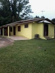 Velleda oferece excelente sítio em condomínio fechado casa galpão e piscina