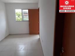 JES 057. Casa com 3 quartos, varanda, área de serviço 76 m²