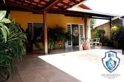 Título do anúncio: Casa esquina 3 quartos um suite lote plano 250 m² Bueno Franco-Betim