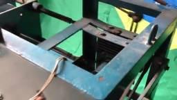 Máquina de fazer embalagens de alumínio