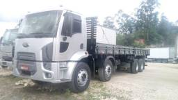 Ford cargo 2428 2012