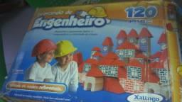 22 brinquedos