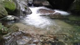 Oliveira Vende um  pedaço do Paraíso em Guapiaçu - Cachoeiras de Macacu.
