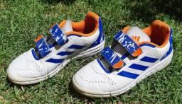Tênis adidas Infantil n.32