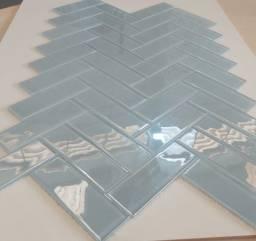 Título do anúncio: Pastilha de vidro 5x15 Ref 700 Iris PR132 Primeira Linha