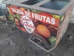 Carrinho de salada de frutas. Pouco uso.  valor para de ocasião  R$ 500,00.