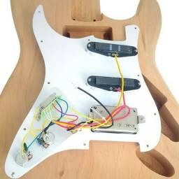 Conserto de elétrica guitarra e baixo e violão
