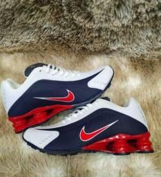 Promoção Tênis Nike Shox 4 mola ( 130 com entrega)