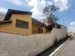 Duas Casas unuficadas próximo a estação Jabaquara