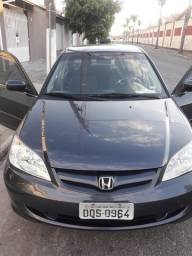 Civic automático 2005 PCD