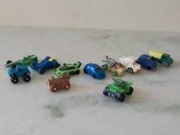 Carrinhos de brinquedo Kinder Ovo
