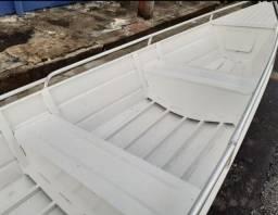 Canoa 6 metros borda alta nova sem uso .