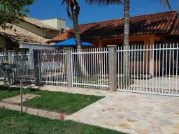 Casa com piscina, 60 me mar, 3 quartos(1 suíte), wifi, tv assinatura, monitoramento 24h