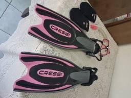 Nadadeira de Mergulho Cressi-33/34(XS/S) + Meia Cressi + Oculos de mergulho
