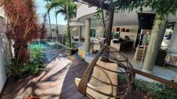 Sobrado com 3 dormitórios à venda, 511 m² por R$ 2.799.000,00 - Zona 08 - Maringá/PR