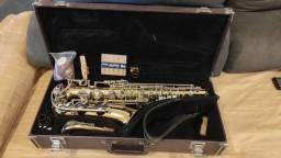 Saxofone YAMAHA YAS 23