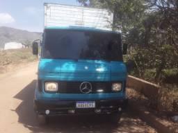 Caminhão voltando vazio de BH