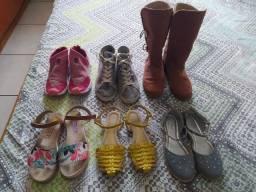 Título do anúncio: Lote de calçados menina número 32