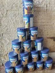 Vendo lata de leite para decoração 5 reais cada lata