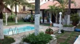Casa independente na praça do Peró - Cabo Frio