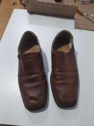 Título do anúncio: Sapato número 42