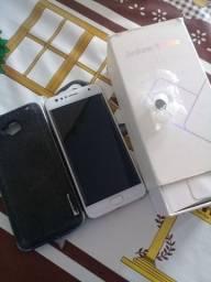 Smartphone Asus Zenfone 4 Selfie com defeito