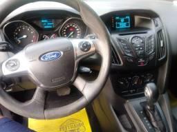Focus Sedan 2.0, Aut, 2015, 63.000 KM
