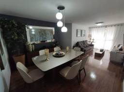 Amplo apartamento 03 quartos e com 03 vagas de garagem