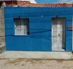 Vende-se essa casa na vila confiança ,no Juremal