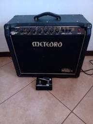 Amplificador Cubo Meteoro Nitrous Gs100 C/ Foot Gs 100