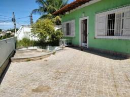 Casa junto ao Centro de Itaboraí, 3 qtos (2 suítes)