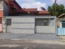 Vende-se Casa com edícula, na Rua B, Cidade Nova