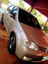 Renault Logan 1.6 8 válvulas!! - 2009