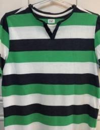 Camiseta listrada branco verde e preto