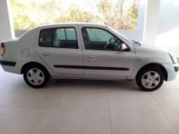 Renault Clio Sedan Privilege 2006 1.0 Gasolina - AR Gelando - Preço para Vender