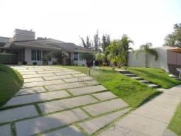 Casa no condomínio Vila B, com 03 suites , 399 m² por R$ 6.000,00/mês - Conjunto B - Foz d