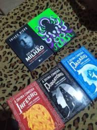 Livros e mangás