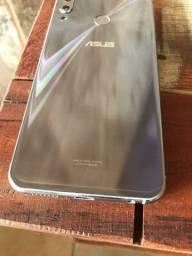 Zenphone 5 128gb ESTADO DE NOVO 1.000 - aceito troca pro IPhone XR ou superior