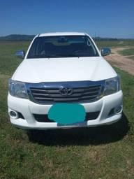 Toyota Hilux 2012/2013 completa