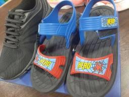 Tênis e sandália usadas 1 vez