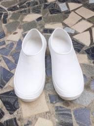 Sapato impermeável