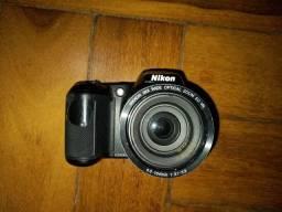 Camera Nikon l330