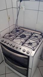 Título do anúncio: Fogão Eletrolux 5 bocas 2 fornos com tripla chama e temporizador, EXCELENTE!!!