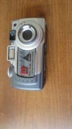 Câmera digital marca Klone - sem o cartão memoria
