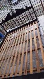 Título do anúncio: Cama de casal madeira antiga